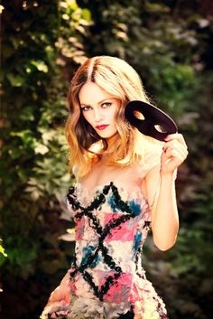 Vanessa Paradis by Ellen von Unwerth for Madame Figaro #fashion #model #photography #girl