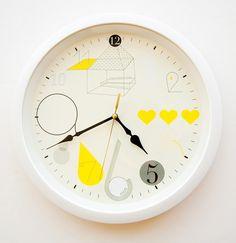 Wall clock : Katrin Greiling