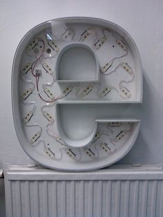 buchstaben letter museum vintage type e neon
