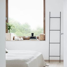 The Design Chaser: Interior Styling | The Simple Hanger #interior #design #decor #deco #decoration