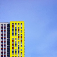 #minimal_perfection: Minimalist and Colorful Street Photography by Ilya Voroshilov