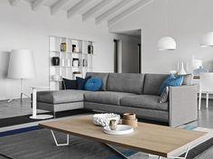 Arredp casa_URBAN è un divano componibile calligaris #cabine #accessori #tavoli #librerie #letti #arredo #sedute #sgabelli #modulari #design #mobili #bagno #sedie #lounge #armadio #poltrone #complementi #armadi #shop #casa #bar #lampade #banco #cucine
