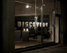 Metropolitan Works - Discovery : Oscar & Ewan #window #signage #display #typography