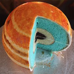 Planetary Structural Layer Cakes Designed by Cakecrumbs #art #cake #planet