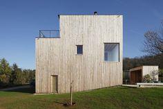 Sampans House | iGNANT.de #white #wood #architecture #houses #light #facades