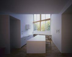 House of Kamihachiman by Horibe Associates Architect's Office #minimalist #architecture #house