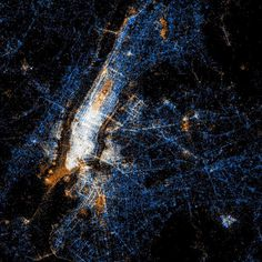 Beautiful maps of Twitter and Flickr usage  These Old Colors #new york #social network