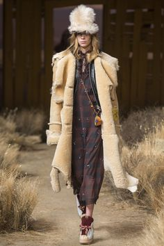 Coach 1941 Fall 2017 Ready-to-Wear Collection Photos - Vogue