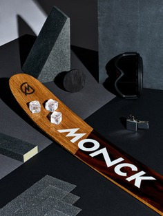 Monck Custom Skis - Mindsparkle Mag Mamastudio Design Agency designed the branding for Monck Custom Skis. Its brand identity and the product itself is based on simplicity, honesty and functionality. #logo #packaging #identity #branding #design #color #photography #graphic #design #gallery #blog #project #mindsparkle #mag #beautiful #portfolio #designer