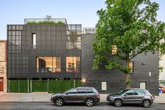 Wythe Townhouse in Brooklyn / Young Projects