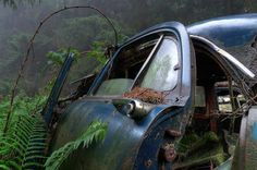 Chatillon (6) | Flickr - Photo Sharing! #car #decay