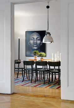 The Design Chaser: Interior Styling | Picture Walls
