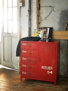 red vintage orginizer
