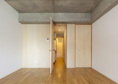 Yushima Apartment by Nakae Architects #modern #design #minimalism #minimal #leibal #minimalist