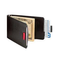 This wallet is nearly half the size of traditional wallets. #productdesign #industrialdesign #lifestyle