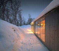 reiulf ramstad v-lodge timber cabin norway designboom #cabin