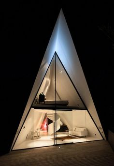 Tent House / Chris Tate Architecture