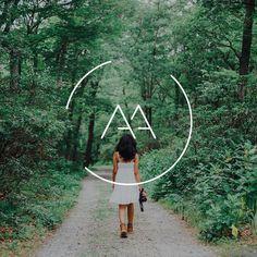 Modern minimal logo for photographer. Design by Aloe Creative