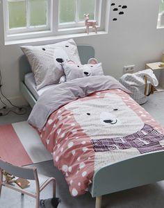 #bedding #bed #pillow #quilt #bedroom