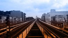 269710_830697453835_691812913_n #train #color #subway #queens #gradient #nyc #astoria