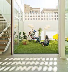 FM House by La Errería Architecture Office