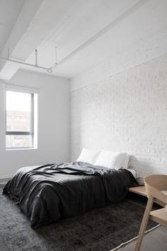Saint-Laurent Apartment – Minimalissimo