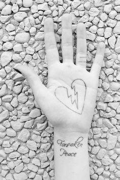 tumblr_m6agv2VsIo1qa42jro1_1280.jpg (JPEG Image, 1024×1533 pixels) #tattoo #photography #art