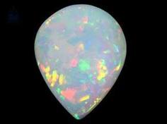 Opal: außergewöhnlicher und sehr großer Opal, ca. 18,25ct