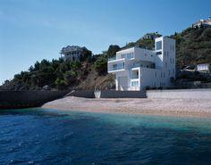 Yacht House by Robin Monotti Architects #modern #design #minimalism #minimal #leibal #minimalist
