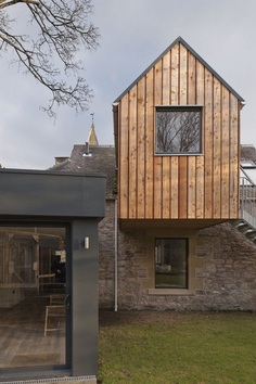 Newbattle House: Extension of a 19th Century Stable Block to Form an Artist Studio 1