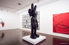 KAWS 'Where The End Starts' Exhibition Shanghai Michelin Man Black Snoopy - 3767660