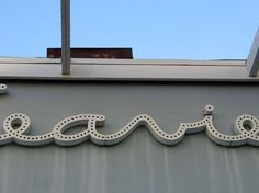 Main : TypArchive #marquee #script #retro #building #signage #slighted #typography