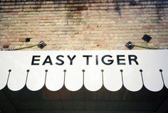 land_easytiger_03 #interior #identity #restaurant #bar