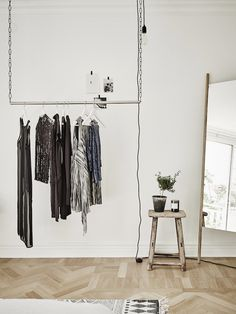 HOMES TO INSPIRE | AIRY ELEGANCE