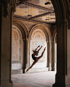 Gorgeous Street Portraits of Ballerinas by Melika Dez