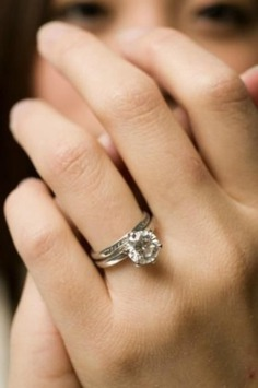 Wedding Ring Photography - All Wedding Inspirations