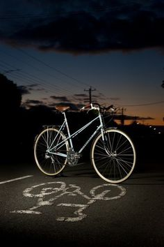 wellappointedbike:Why mixtes rock. No prejudice from me, really.(via Momentum Mag) #bicycle #shadow #bike #dusk