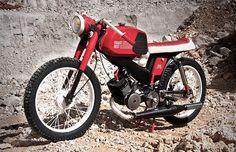 Cafe Racer #vintage #motorcycle #red #bike #cafe racer