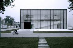 Cortesía de Atelier Fronti #architechture