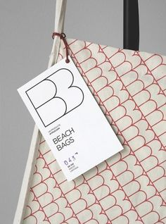 Beach Bags Atipus : Lovely Package . Curating the very best packaging design. #design #apitus #illustration #cotton #bag #organic