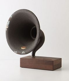 Tumblr #minimalism #retro #music #wood #brown #gramophone