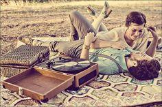 record-player.jpg 600×400 pixels #couple #woman #player #record #vintage #man