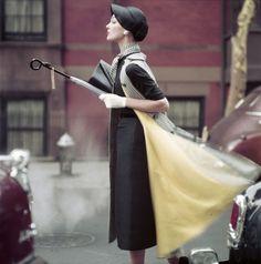 Norman Parkinson - Traffic - Photos - Photohab - Photographer's Portfolios #fashion #photography #inspiration