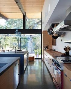 Sacramento Modern Residence with Classic Charm 8