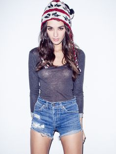 Nayara Bandeira #beauty #model #shorts #fashion #jeans