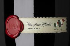 UNA | Flickr – Condivisione di foto! #bottle #packaging #wine #una #cibicworkshop #italy