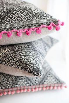 non perishable pink and black pillows #interior #design #decor #pillows #deco #decoration