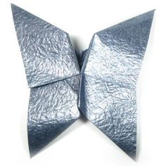 How to make an origami butterfly based on open-closed sink-fold (http://www.origami-make.org/howto-origami-butterfly.php) #origami #butterf