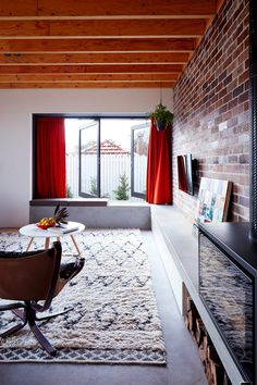 Those Architects Have Transformed a Small Semi Detached Sydney House into a Light-Filled Home