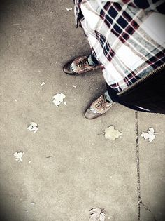 shoes and leaves #down #shoes #feet